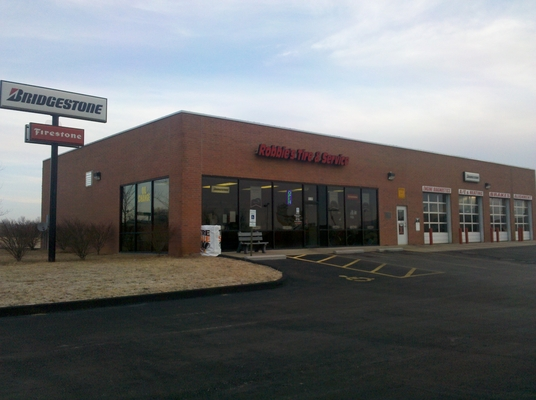 Robbie's Tire and Service Center in Springfield, MO - Service Noodle