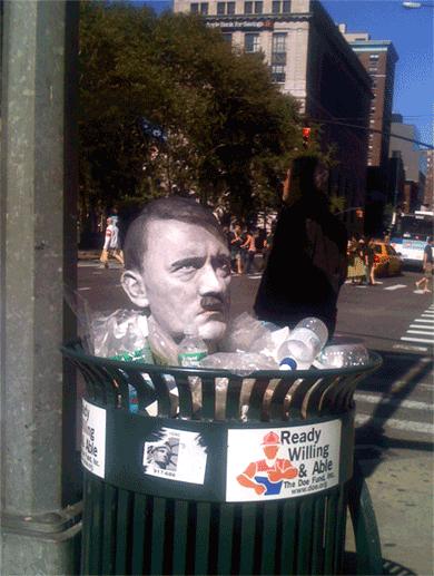 Hitler_trash