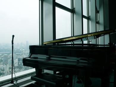 Park-hyatt-tokyo-bar-piano