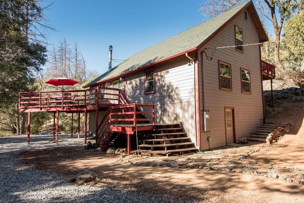 36714 Peterson Rd Auberry CA 93602