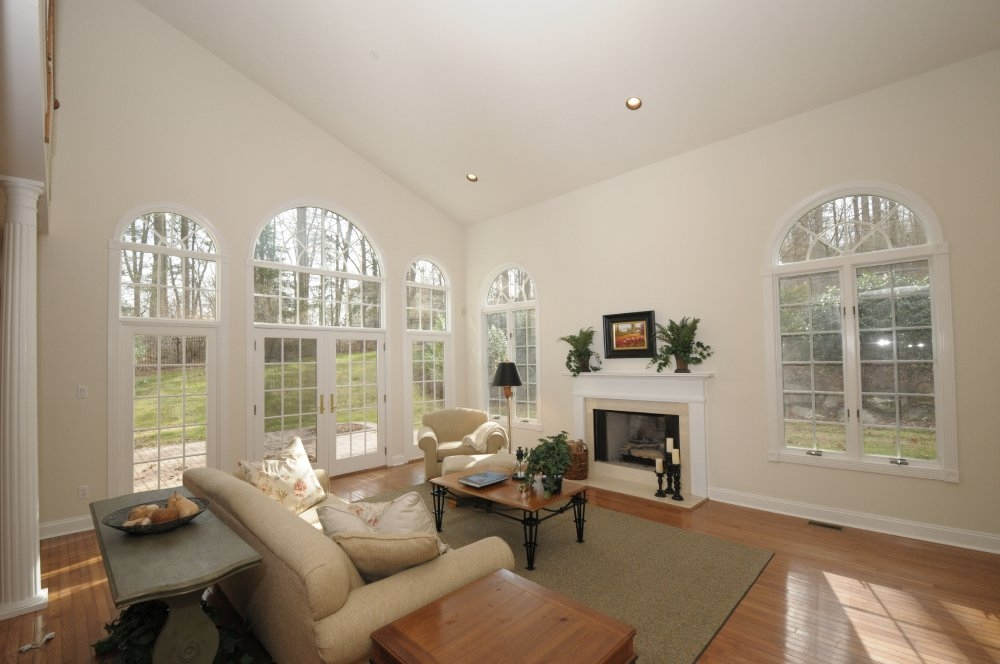 Vaulted Ceiling Recessed Lighting: Photos u0026 Virtual Tour Slideshow for 3202 Saw Mill Road, Newtown Square,  PA 19073,Lighting