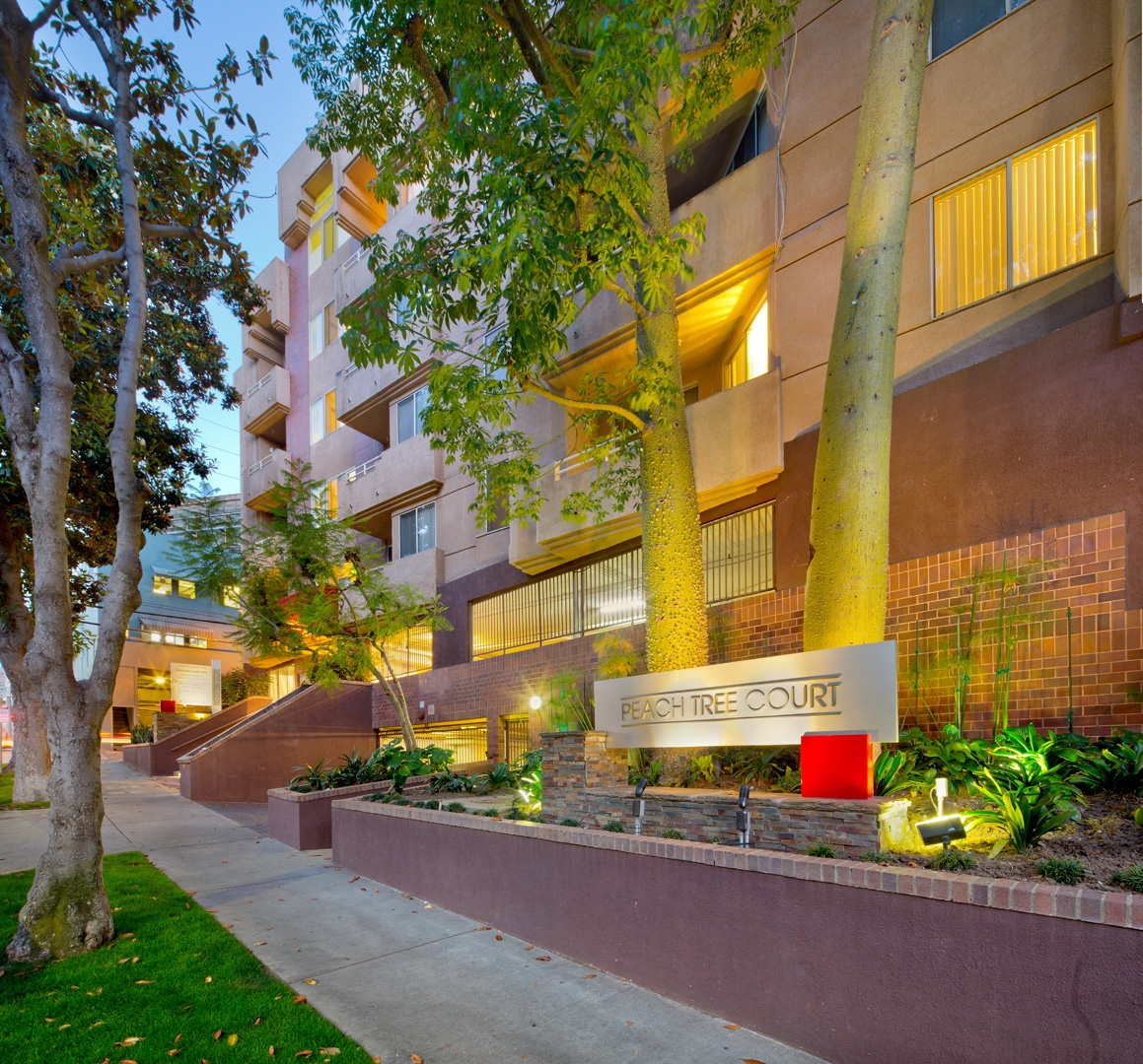 Peach Tree Court Apartments Los Angeles CA 90024