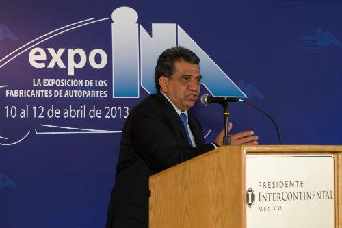 César Roy Ocotla, Analista de la industria automotriz y director de AlVolante