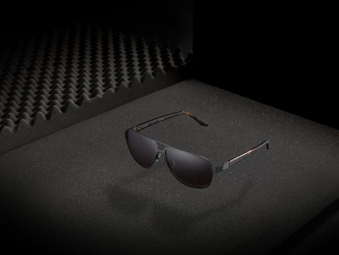 TECHNOLOGY & DESIGN IN THE SPINE SUNGLASS COLLECTION