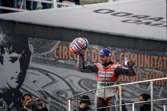 DOVIZIOSO WINS RAIN SOAKED FINALE AND CELEBRATES WITH HIS DUCATI SUNGLASSES
