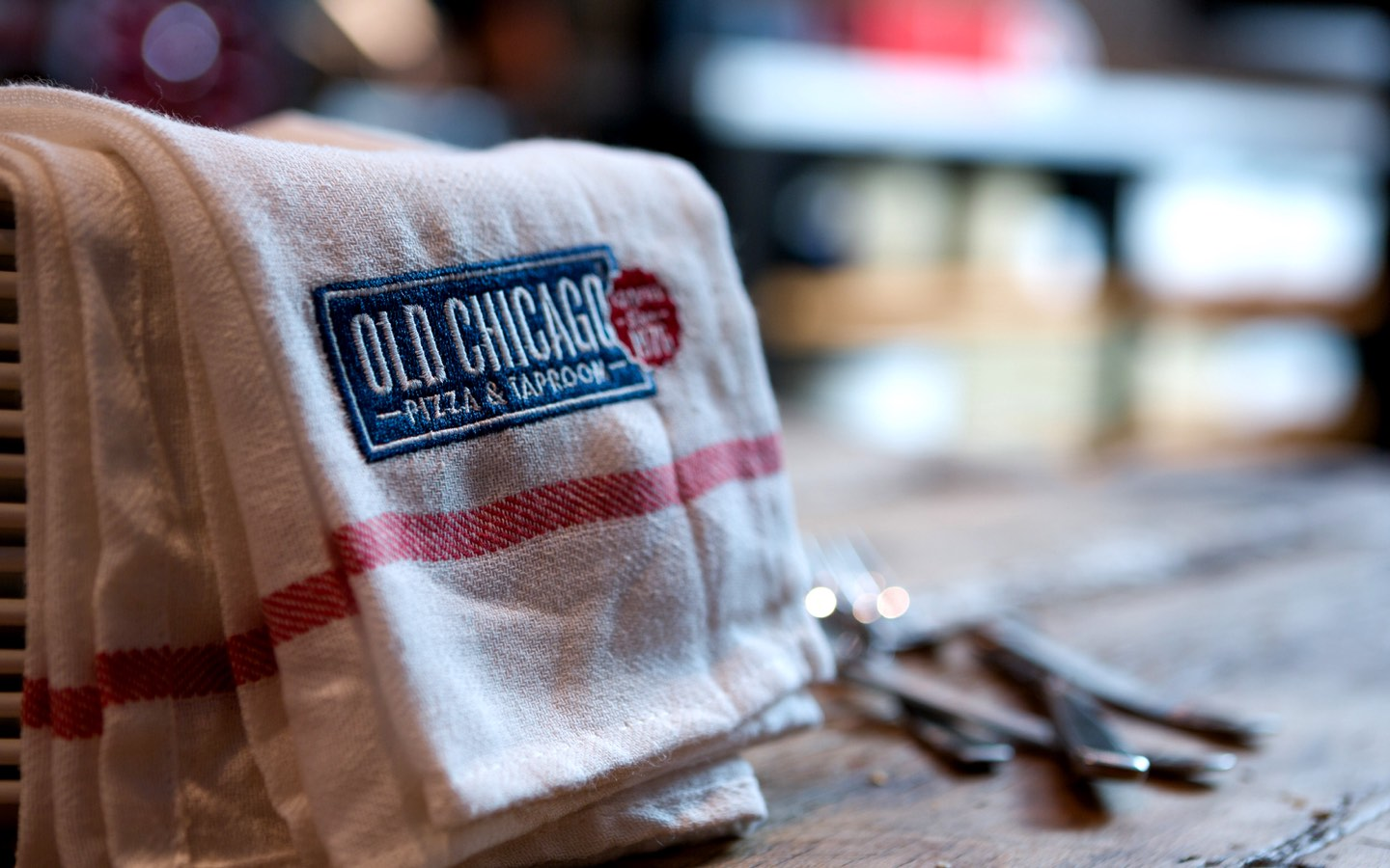 Old Chicago Towel