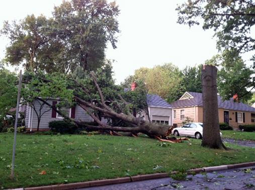 Second Storm Compounds Prairie Village Area Outages
