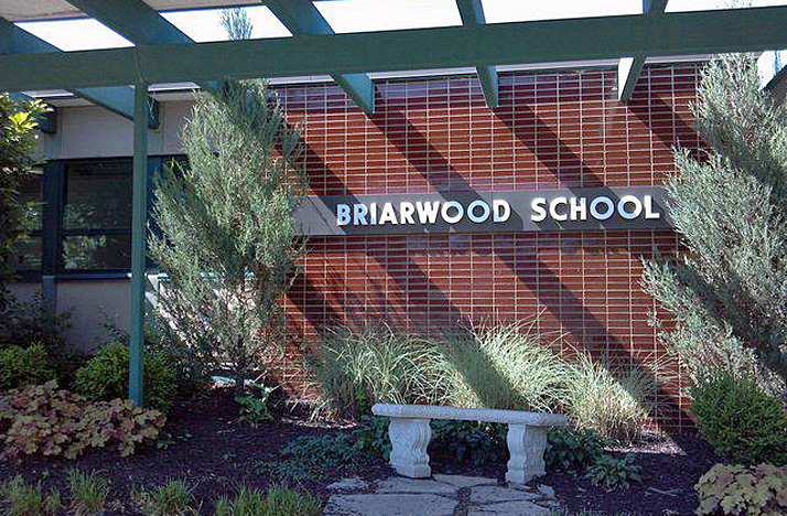 Class sizes at Briarwood Elementary have raised concerns with parents.