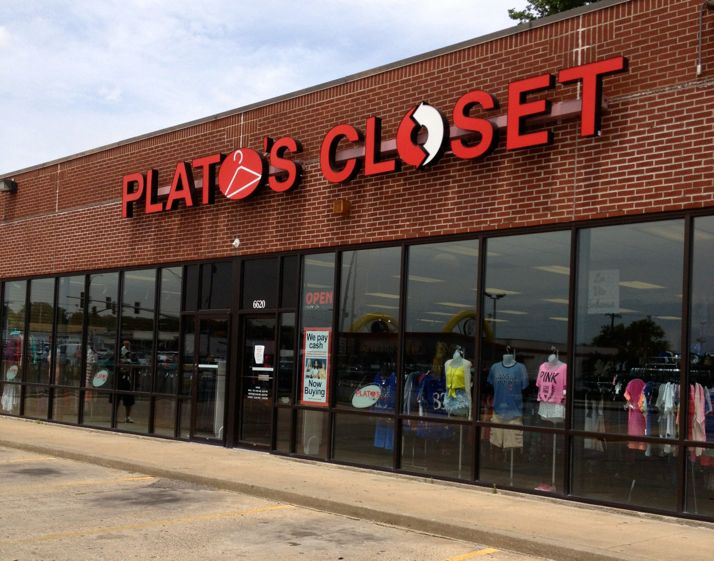 Plato's Closet occupies the former Blockbuster space on Johnson Drive.
