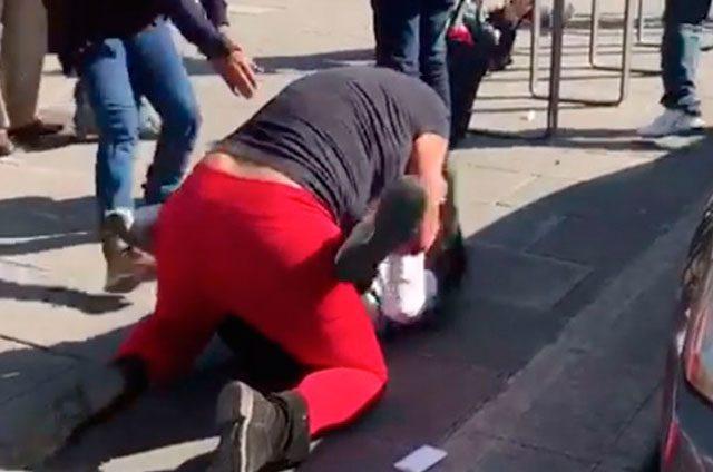 Graban, en vez de separarlas, pelea de mujeres en Metro Hidalgo