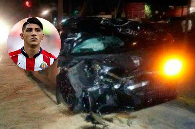 Jugador-de-Chivas-choca-carro-de-5-millones-de-pesos