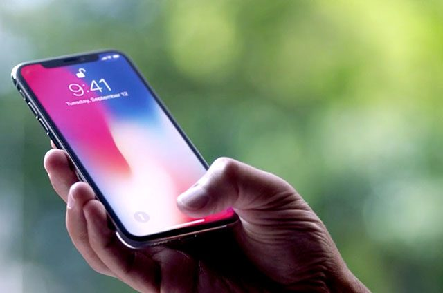 Apple-alerta-cambio-de-tono-y-leves-quemaduras-en-su-iPhone-X