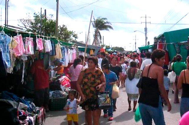 Se-multiplican-los-tianguistas-en-Cancún