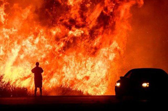Confirman-primera-muerte-relacionada-con-los-incendios-en-el-sur-de-California