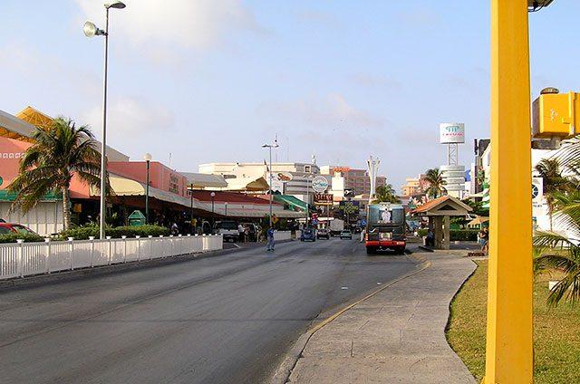Alrededor-de-100-millones-de-pesos-se-destinarán-al-mantenimiento-general-de-la-zona-hotelera-de-Cancún