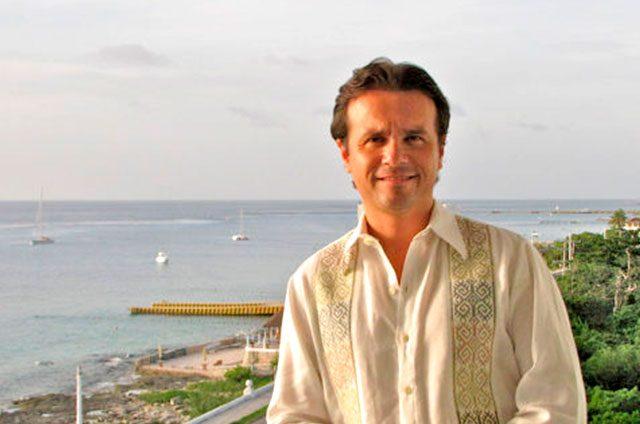 Lo-quiere-el-PRI-como-candidato-en-Cozumel