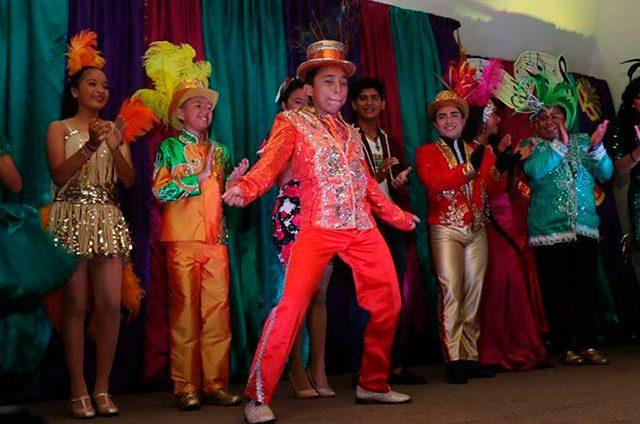Perla-y-sus-secuaces-se-apropian-del-Carnaval