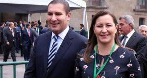 Mueren Erika Alonso y Moreno Valle en accidente aéreo