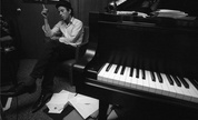 Tom-waits_piano_1237989625_crop_178x108