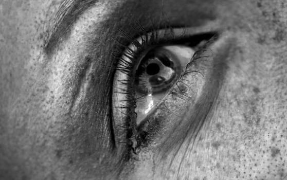 Crying_1394109273_crop_558x350
