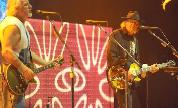 Neil_young___crazy_horse_1406717395_crop_178x108