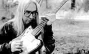Up-jmascis_lg_1245157349_crop_178x108