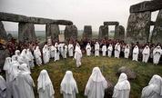 Druids_stonehenge_1245923026_crop_178x108