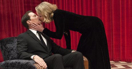 Twin_peaks____i_the_return_1531246147_resize_460x400