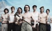 Fat_white_family_serfs_up_1555422410_crop_178x108
