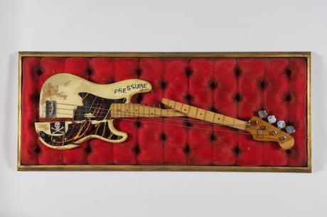 Paul_simonon_s_broken_bass_guitar__c__the_clash_archive_1565765387_resize_460x400
