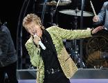 Rod-stewart-press-shot-credit-lawrence-matheson-e1536928591316_1579690739_crop_156x120