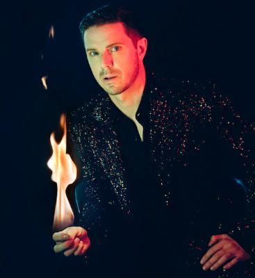 Jake_shears_1591783956_resize_460x400