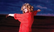 Goldfrapp_1259753667_crop_178x108