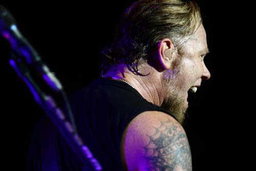 Hetfield Roars