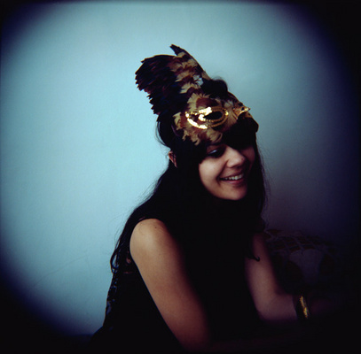 Bat_for_lashes_1290694816_resize_460x400