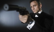 James_bond_craig_junio2006_1225208308_crop_178x108