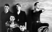 Simple_minds_early_1329830359_crop_178x108