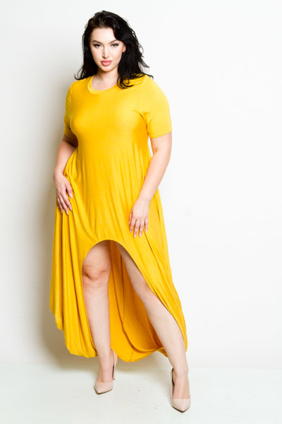 ROUND NECK SHORT SLEEVE HIGH LOW WITH A SLIT IN THE MIDDLE SOLID MAXI DRESS