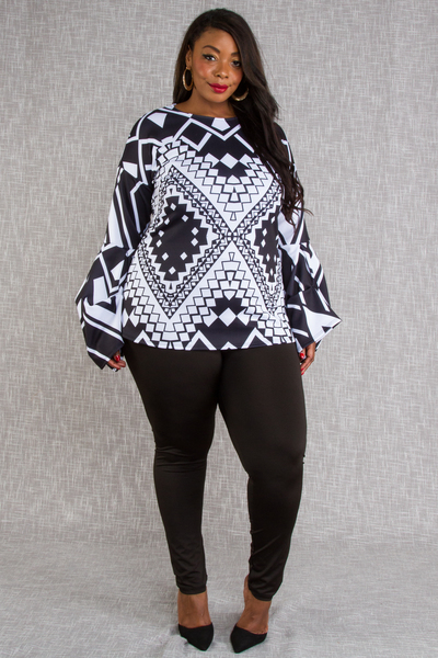BLACK AND WHITE MULTI SHAPE PRINTED LONG SLEEVES TOP