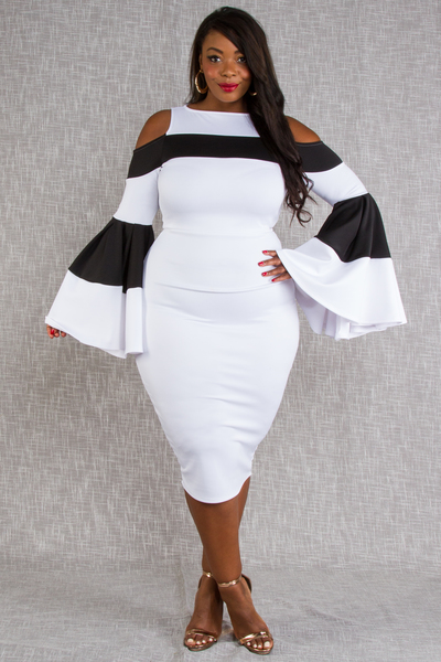 COLD SHOULDER BLACK AND WHITE FOMALLY DRESS