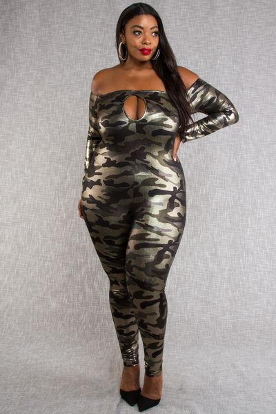 COLD SHOULDER FRONT KEYHOLE LONG SLEEVE SHINY CAMO PRINTED JUMPSUIT