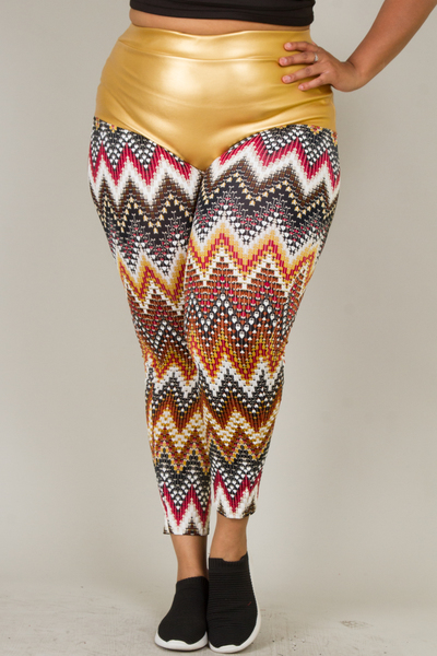 SHINY GOLD SHORT PANTS PART WITH PRINTED LEGGINS
