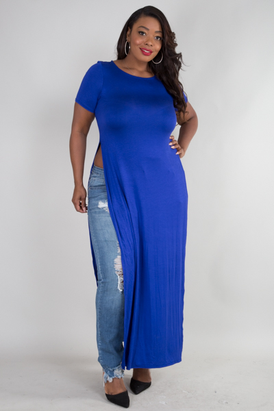 ROUND NECK SHORT SLEEVE TWO SIDE SLITS MAX TOP