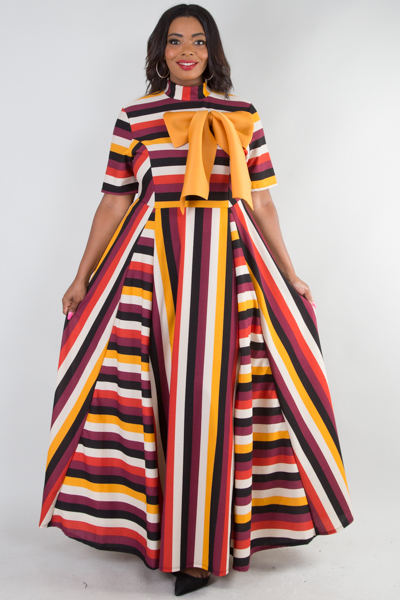 Elegant multi striped maxi dress with ribbon point