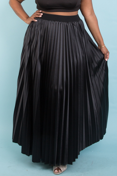 PLEATED SHINY MAXI DRESS