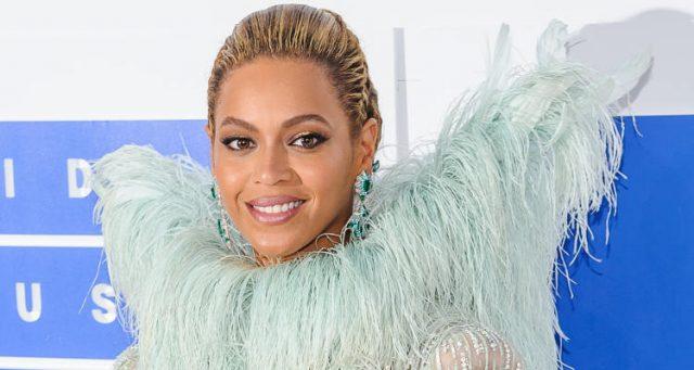 Beyonce-VMA-2016