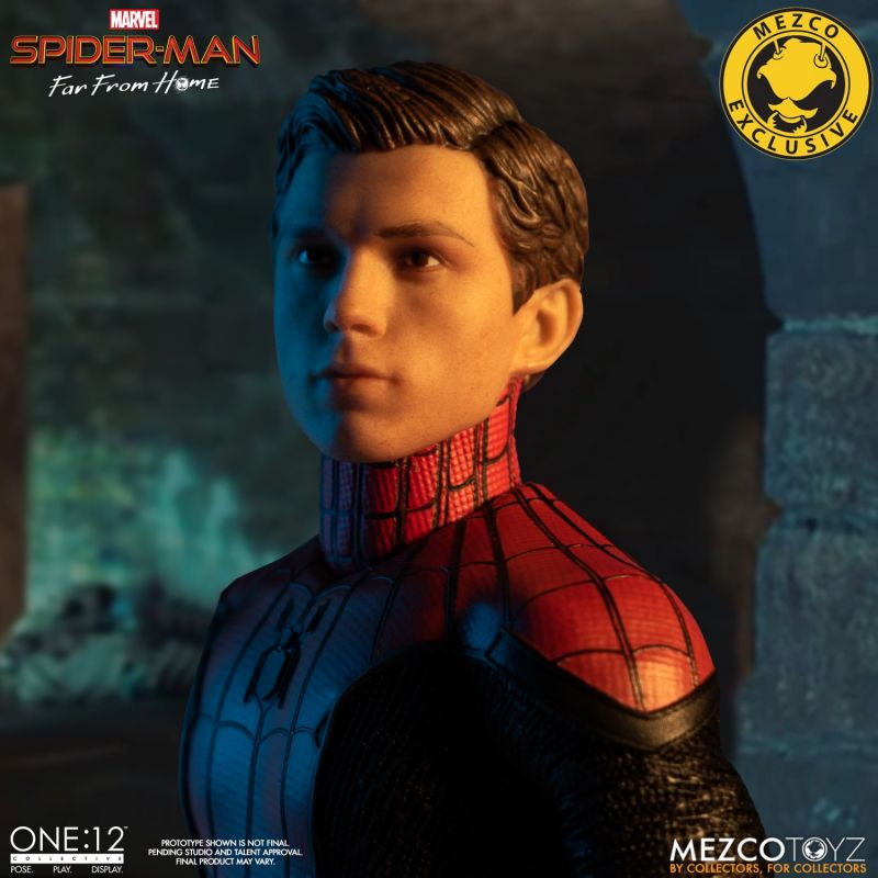 Mezco One12 Spider Man FFH 5