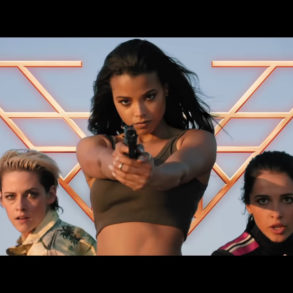 Charlie's Angels Trailer 2 Screen