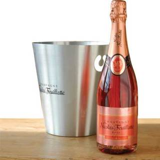 Bottle of rose if i m drinking with ya when i 39 m gone for What is rozay drink
