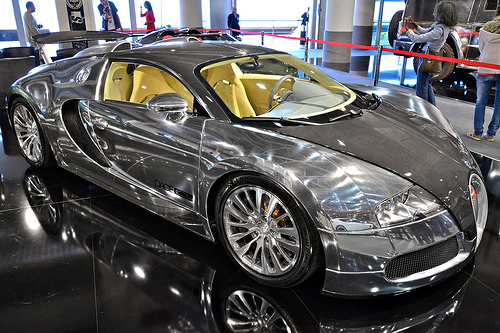 Chrome-Bugatti-Veyron.jpg
